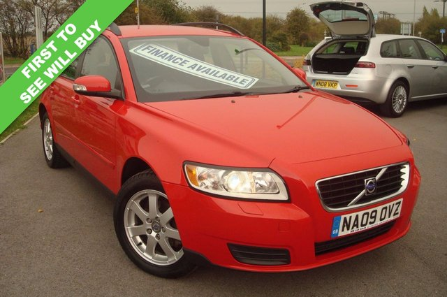 2009 09 VOLVO V50 1.6 S D 5d 109 BHP LOW ROAD TAX STUNNING THROUGHOUT