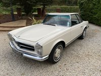 USED 1965 C MERCEDES-BENZ SL 2.3 230 SL PAGODA 2d AUTO STUNNING AND RARE RHD ORIGINAL UK CAR IN WHITE WITH BLACK LEATHER RESTORED WITH STACKS OF HISTORY