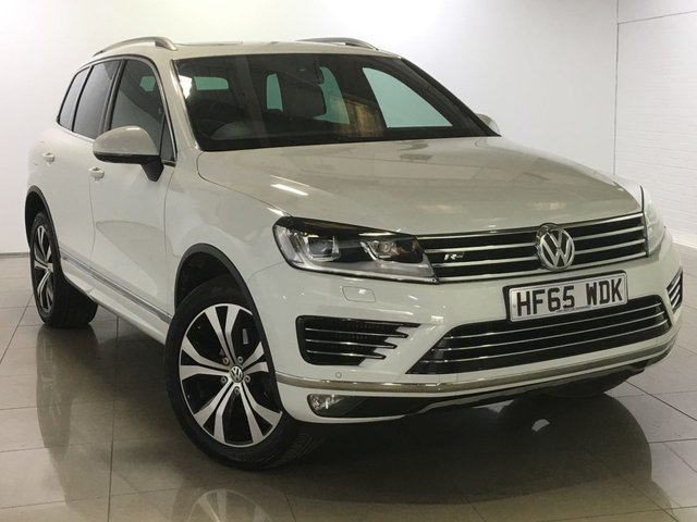 View our 2015 65 VOLKSWAGEN TOUAREG 3.0 V6 R-LINE TDI BLUEMOTION TECHNOLOGY 5d AUTO 259 BHP