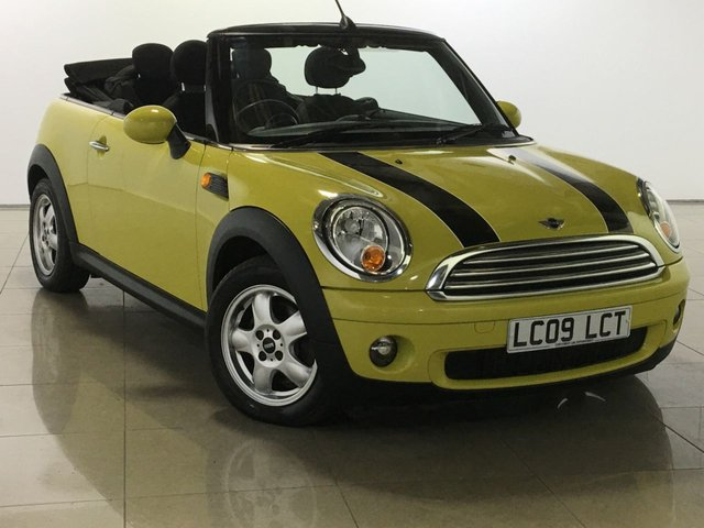 View our 2009 09 MINI CONVERTIBLE 1.6 COOPER 2d 120 BHP