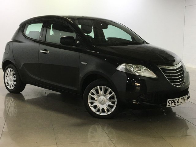 View our 2014 64 CHRYSLER YPSILON 1.2 S 5d 69 BHP