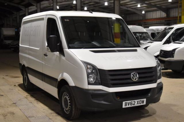 2012 62 VOLKSWAGEN CRAFTER 2.0 CR30 TDI 5d 107 BHP FWD SWB LOW ROOF AIR CON DIESEL PANEL MANUAL VAN ONE OWNER S/H CAMBELT CHANGE 75K