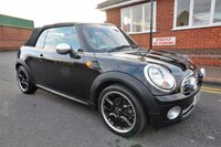 USED 2010 10 MINI CONVERTIBLE 1.6 ONE 2d 98 BHP BLUETOOTH + FULL SERVICE HISTORY + CRUISE CONTROL + PARKING SENSORS
