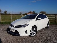 USED 2015 15 TOYOTA AURIS 1.6 EXCEL VALVEMATIC 5d 130 BHP 1 OWNER FROM NEW WITH FULL TOYOTA SERVICE HISTORY