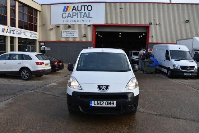 2012 12 PEUGEOT PARTNER 1.6 HDI 850 5d 89 BHP FRONT WD SHORT WHEELBASE STANDARD ROOF  ONE OWNER FROM NEW
