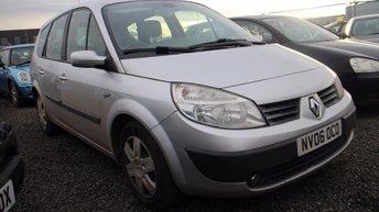 View our RENAULT GRAND SCENIC