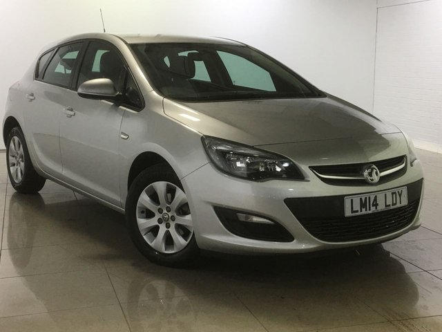 View our 2014 14 VAUXHALL ASTRA 1.4 DESIGN 5d 100 BHP