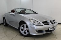 USED 2006 06 MERCEDES-BENZ SLK 1.8 SLK200 KOMPRESSOR 2DR 161 BHP FULL SERVICE HISTORY + HEATED LEATHER SEATS + BLUETOOTH + CRUISE CONTROL + MULTI FUNCTION WHEEL  + 16 INCH ALLOY WHEELS