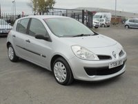 USED 2006 06 RENAULT CLIO 1.1 EXPRESSION 16V 5d 75 BHP 6 MAIN DEALER SERVICE STAMPS, 12 MONTHS MOT, EXCELLENT CONDITION.