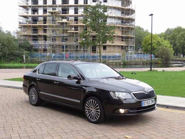 2013 63 SKODA SUPERB 2.0 LAURIN AND KLEMENT TDI CR DSG 5d AUTO 168 BHP