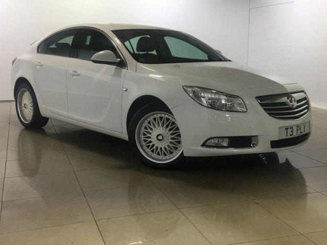 View our 2009 59 VAUXHALL INSIGNIA 2.0 EXCLUSIV CDTI 5d 160 BHP