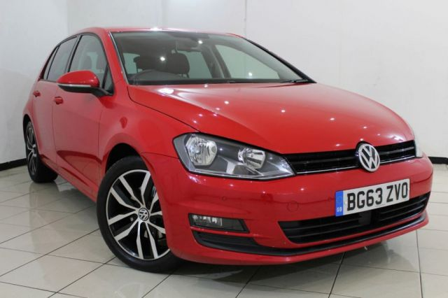 View our 2013 63 VOLKSWAGEN GOLF 2.0 SE TDI BLUEMOTION TECHNOLOGY DSG 5DR AUTOMATIC 148 BHP