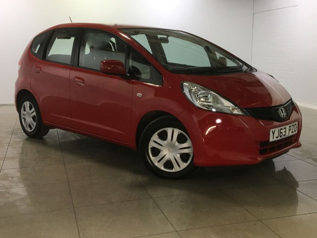 View our 2013 63 HONDA JAZZ 1.2 I-VTEC SE 5d 89 BHP