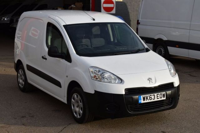 2013 63 PEUGEOT PARTNER 1.6 HDI PROFESSIONAL L1 850 5d 89 BHP AIR CON SWB DIESEL PANEL VAN ONE OWNER FULL S/H SPARE KEY