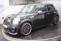 2010 MINI HATCH JOHN COOPER WORKS}