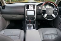 USED 2007 07 CHRYSLER 300C 5.7 HEMI RHD 4d AUTO 340 BHP