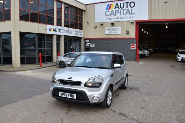 2013 13 KIA SOUL 1.6 2 5d 138 BHP AIR CON PETROL MANUAL HATCHBACK CAR TWO OWNER LOW MILEAGE CAR