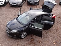 USED 2013 13 FORD FOCUS 1.0 ZETEC S S/S 5d 124 BHP £30 ROAD TAX, BLUETOOTH, DAB, ALLOYS, ZETEC S BODY STYLING, JUST SERVICED AT 60K,12 MONTHS MOT UPON PURCHASE