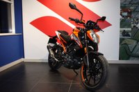 USED 2017 17 KTM 125 DUKE 17 PRE-REG BARGAIN SAVE £600.00