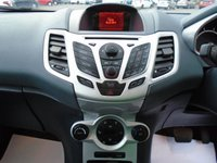 USED 2010 59 FORD FIESTA 1.4 TITANIUM 5d AUTO 96 BHP £30 PER WEEK NO DEPOSIT, SEE FINANCE LINK BELOW