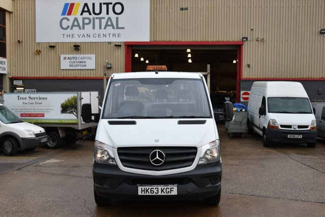2013 63 MERCEDES-BENZ SPRINTER 2.1 313 CDI MWB 2d 129 BHP LR DROPSIDE LORRY ONE OWNER