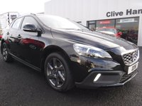 USED 2016 16 VOLVO V40 2.0 D2 CROSS COUNTRY LUX 5d AUTO 118 BHP Winter Pack