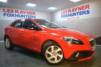 USED 2013 63 VOLVO V40 1.6 D2 CROSS COUNTRY LUX 5d AUTO 113 BHP Full Volvo Service History, 1 owner, DAB Radio, Cruise Control
