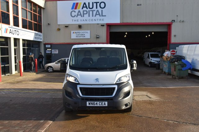 2014 64 PEUGEOT BOXER BOXER 330 PROFESSIONAL HDI P/V 5d 110 BHP FRONT WD LOW ROOF SHORT WHEELBASE A/C NAVI. CRUISE CONTROL REAR PARKING SENSORS  ONLY ONE OWNER FROM NEW