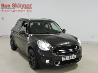 2015 MINI COUNTRYMAN}