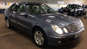 2004 MERCEDES-BENZ E CLASS 2.6 E240 ELEGANCE Auto ONE OWNER Plus Demo £4995.00