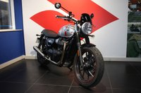 USED 2017 66 TRIUMPH STREET TWIN 900cc **ONLY 831 MILES***