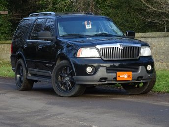 View our LINCOLN NAVIGATOR