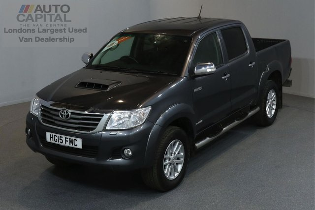 2015 15 TOYOTA HI-LUX 3.0 INVINCIBLE 4X4 D-4D AUTO 169 BHP A/C LEATHER SEAT ONE OWNER FROM NEW, FULL SERVICE HISTORY