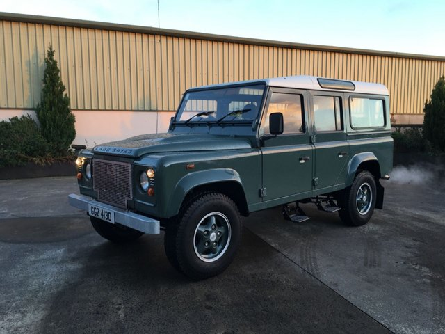 View our LAND ROVER DEFENDER 110