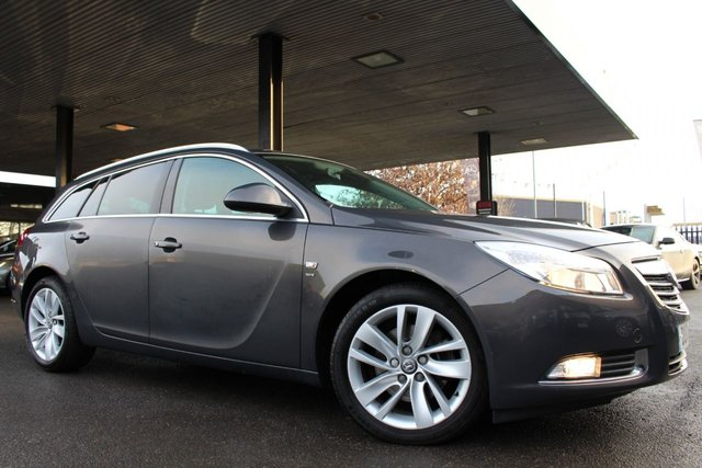 VAUXHALL INSIGNIA at Derby Trade Cars