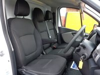 USED 2015 15 RENAULT TRAFIC 1.6 SL27 BUSINESS PLUS DCI S/R P/V 1d 115 BHP