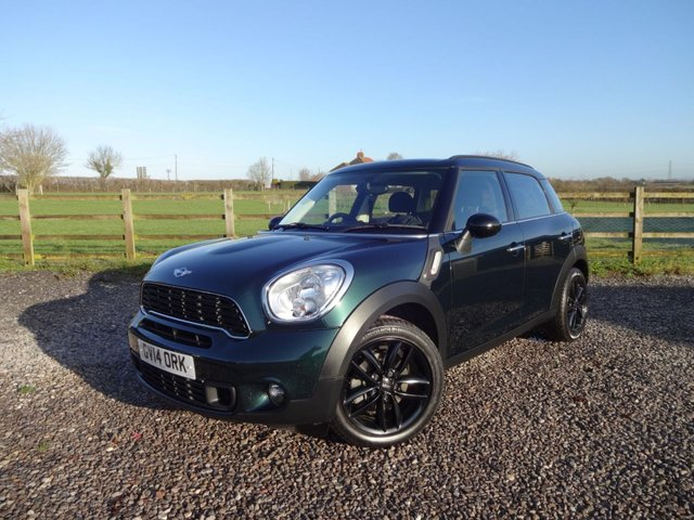 View our MINI COUNTRYMAN