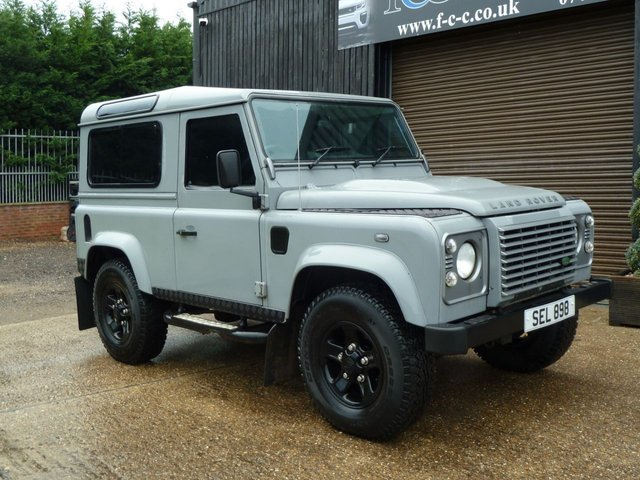 2008 57 LAND ROVER DEFENDER 2.4 90 XS STATION WAGON 3d 122 BHP