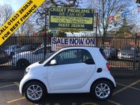 USED 2016 66 SMART FORTWO 1.0 PASSION 2d 71 BHP STUNNING WHITE PAINT WORK, BLACK CLOTH INTERIOR,  15 INCH ALLOY WHEELS, CRUISE CONTROL, BLUETOOTH, USB, AUX IN, AIRCON, CD, 1 OWNER VERY LOW MILEAGE