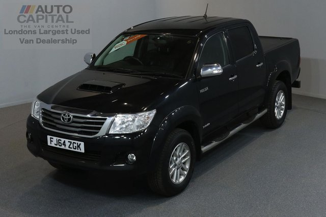 2014 64 TOYOTA HI-LUX 3.0 INVINCIBLE 4X4 D-4D DCB 5d AUTO 169 BHP A/C NAVI R.CAM LEATHER SEAT ONLY ONE OWNER FROM NEW