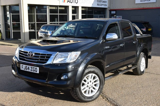 2014 64 TOYOTA HI-LUX 3.0 INVINCIBLE 4X4 D-4D DCB 5d AUTO 169 BHP A/C NAVI R. CAM ONE OWNER FROM NEW