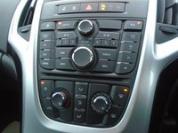 USED 2014 64 VAUXHALL ASTRA 2.0 SRI CDTI S/S 5d 163 BHP
