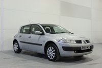 USED 2004 04 RENAULT MEGANE 1.6 EXPRESSION VVT 16V 5d AUTO 115 BHP LOW MILEAGE AUTO