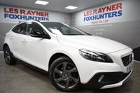 2014 VOLVO V40 1.6 D2 CROSS COUNTRY LUX 5d AUTO 113 BHP £9499.00