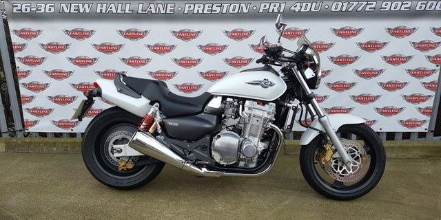 2000 W HONDA CB1300 X4 Muscle Bike