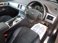 USED 2015 65 JAGUAR XF 2.2 D R-SPORT 4d AUTO 200 BHP ** 19'S * XENONS ** ** NAV * 19'S * CAMERA **