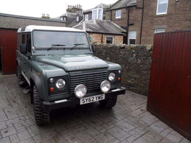 2012 62 LAND ROVER DEFENDER 2.2 TD UTILITY WAGON 1d 122 BHP