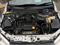 USED 2002 02 VAUXHALL CORSA 1.2 SXI 16V 3d 75 BHP