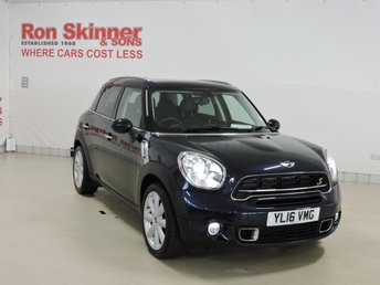 2016 MINI COUNTRYMAN}