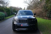 USED 2015 15 JEEP GRAND CHEROKEE 6.4 HEMI SRT8 5d AUTO 461 BHP